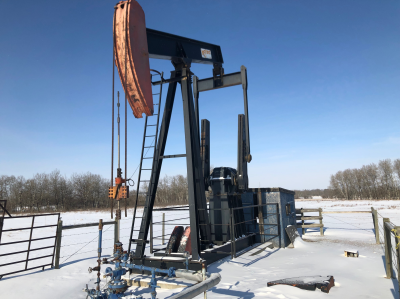 legrand 228 pumpjack. no engine