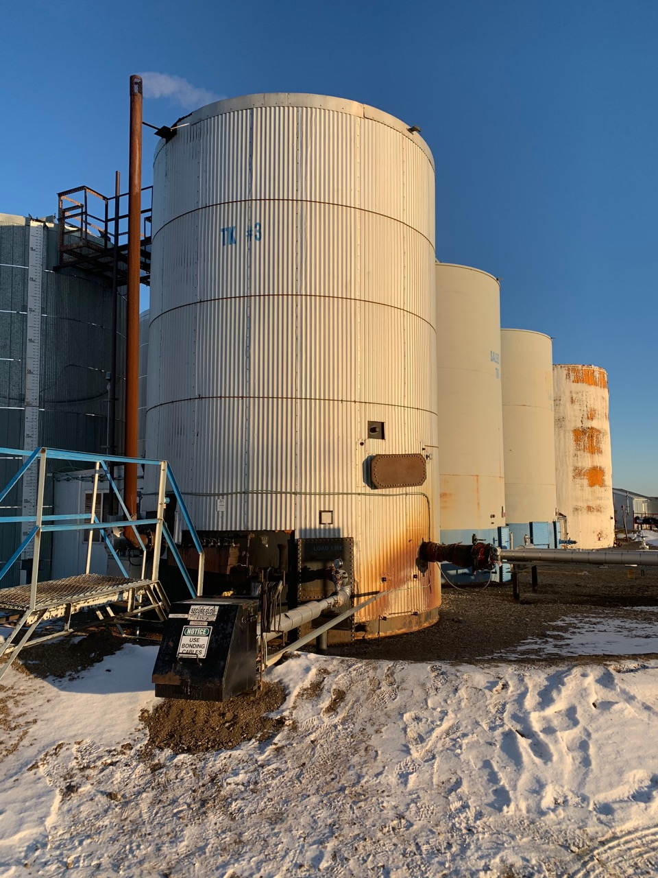 750bbl metal clad insulated